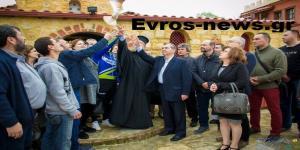 Έλληνες στρατιωτικοί: Συγκλονίζουν ξανά οι γονείς τους – Άφησαν ένα περιστέρι να πετάξει προς την Αδριανούπολη [pics]