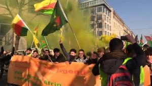 Επεισόδια και χημικά σε πόλεις της Ευρώπης σε διαδηλώσεις για την τουρκική επίθεση στο Αφρίν