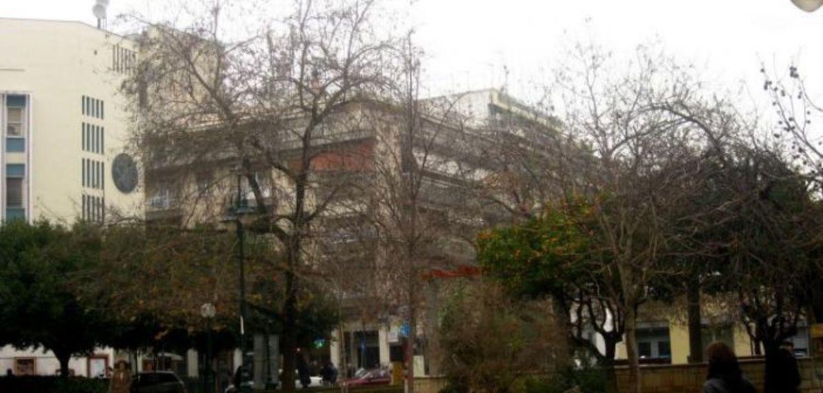 Αγρίνιο: 29χρονη κυκλοφορούσε… ολόγυμνη μέσα στους δρόμους! | Newsit.gr