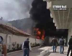 Φωτιά στο κέντρο του Άργους