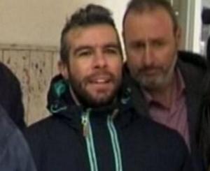 Αγρίνιο: Νέες καταγγελίες για τον Δημήτρη Ματζαβίνο – Έτσι προσπαθεί να αντικρούσει τις κατηγορίες για αποπλάνηση μαθητών [pics, vid]