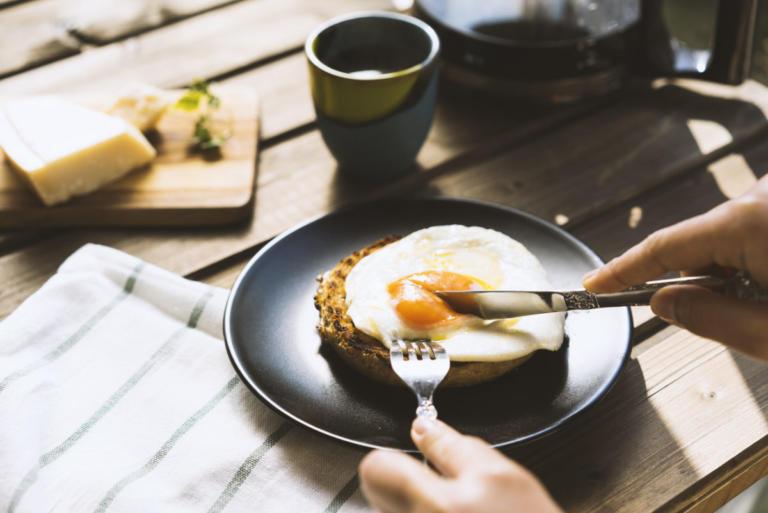 Πόσα αυγά επιτρέπεται να τρώτε ανά εβδομάδα | Newsit.gr