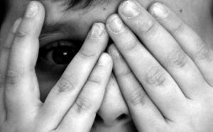Εφιάλτης για 8χρονο! Τον βίασε συμμαθητής του – Απαρηγόρητη η μητέρα