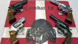 Combat 18: Ελεύθεροι 4 συλληφθέντες – Αποδοκιμασίες στα δικαστήρια