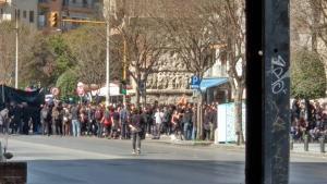 Πανβαλκανική συγκέντρωση αντιεξουσιαστών ΤΩΡΑ στη Θεσσαλονίκη – Ξεκίνησε η πορεία [vid]