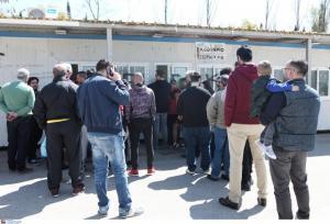 """ΑΕΚ – Παναθηναϊκός: """"Τρέλα"""" στους οπαδούς για το ντέρμπι! Ουρές στα εκδοτήρια"""