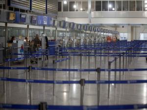 «Κόκκινος συναγερμός» στο αεροδρόμιο «Ελευθέριος Βενιζέλος»! Καπνός στο πιλοτήριο αεροσκάφους