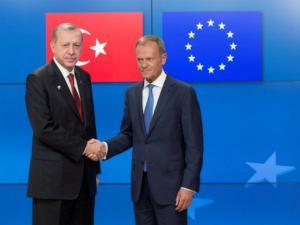 Με… άγριες διαθέσεις ο Ερντογάν στην ευρωτουρκική σύνοδο στη Βάρνα – «Έχουμε κι εμείς βίντεο»
