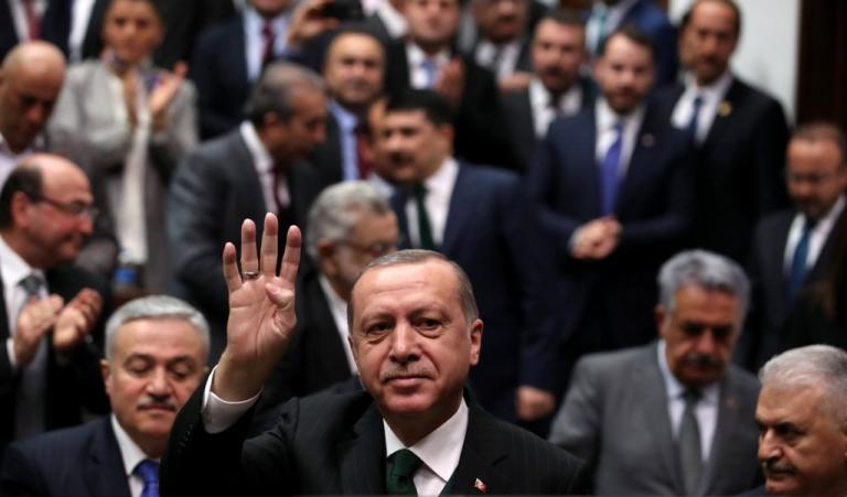 Μάζεψαν οι δικοί του τον Ερντογάν! «Δεν εννοούσε ότι θα καταλάβουμε απόψε την Αφρίν» | Newsit.gr