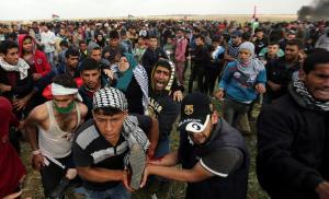 Χάος και αίμα στη Λωρίδα της Γάζας: Επτά νεκροί από ισραηλινά πυρά, πάνω από 500 τραυματίες