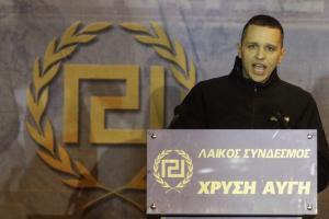ΣΥΡΙΖΑ κατά Κασιδιάρη: «Δεν θα τα καταφέρει ο νοσταλγός του Χίτλερ»