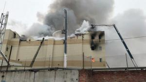 Παραιτήθηκε ο κυβερνήτης του Κεμέροβο μετά τη φονική πυρκαγιά