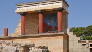 Ηράκλειο: Σοβαρό εργατικό ατύχημα στον αρχαιολογικό χώρο της Κνωσού – Έπεσε στο κενό από τα 4 μέτρα!