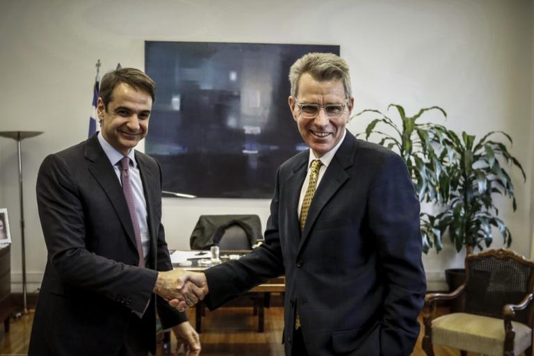 Μητσοτάκης – Πάιατ τα είπαν και για τους δυο Έλληνες στρατιωτικούς | Newsit.gr