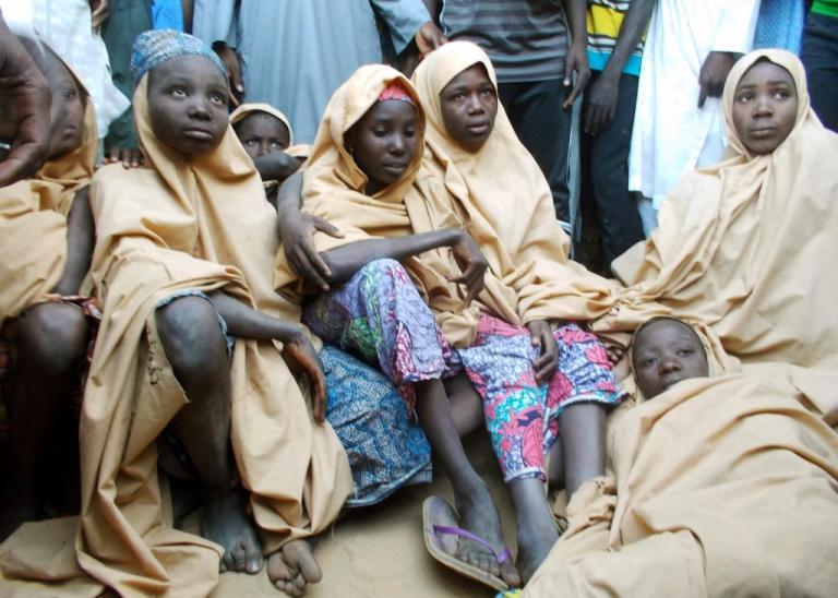 Λύπη και χαρά μαζί για τα κορίτσια που είχε απαγάγει η Μπόκο Χαράμ στη Νιγηρία   Newsit.gr