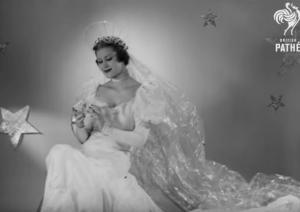 Πώς φανταζόντουσαν το 1939 τα ρούχα του μέλλοντος, του 2.000!