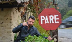 Μάνος Παπαγιάννης: Αποκαλύπτει το άγνωστο παρασκήνιο στο θέατρο Χυτήριο