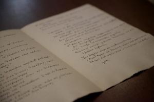 Παγκόσμια Ημέρα Ποίησης: Πότε καθιερώθηκε, εκδηλώσεις και αποφθέγματα για την ποίηση