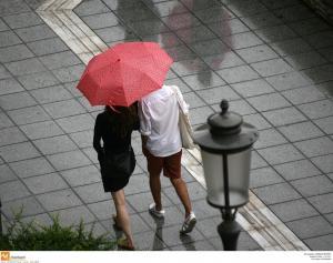 Καιρός: Απαραίτητη η ομπρέλα και σήμερα!