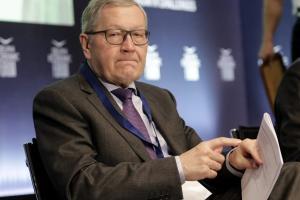 Ρέγκλινγκ: «Ανοιχτή η ελάφρυνση του χρέους αλλά με μεταρρυθμίσεις»