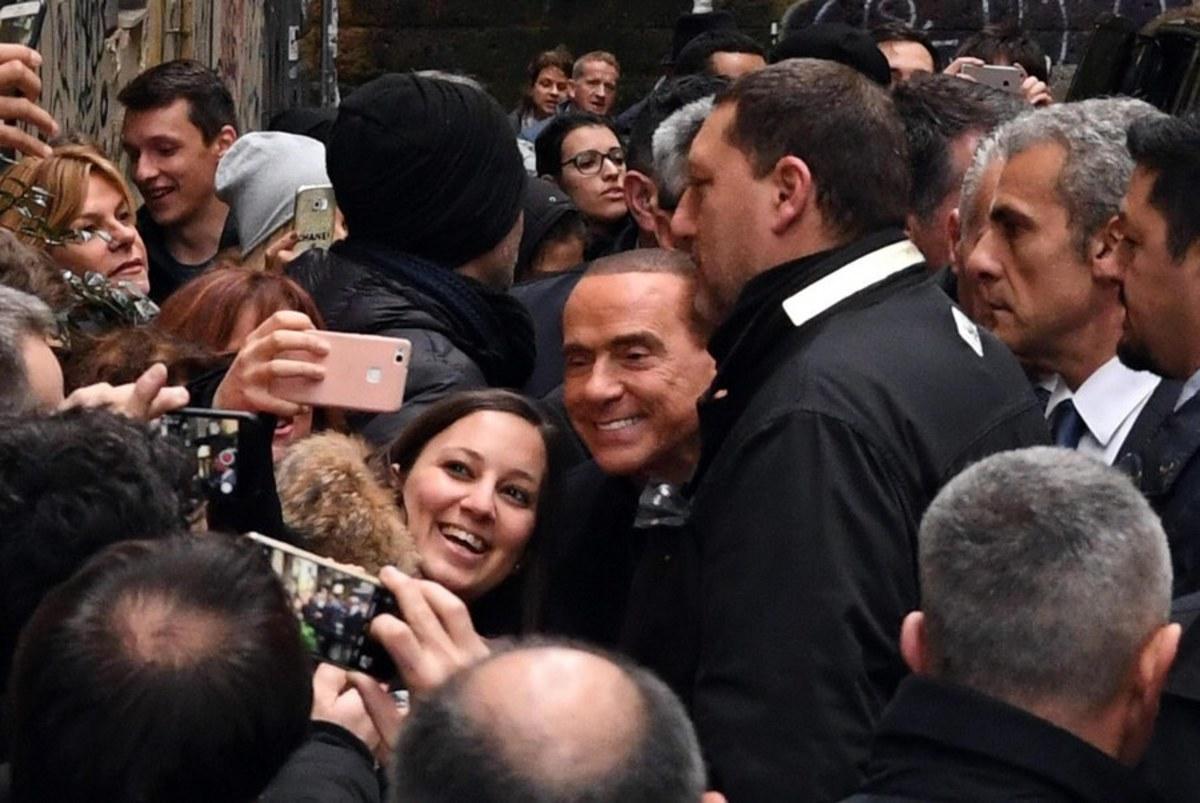 Ιταλία εκλογές Μπερλουσκόνι