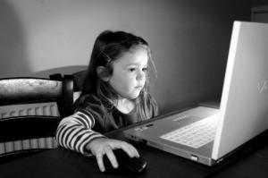 Το θλιβερό κυνήγι των «likes» – Τα social media κάνουν τα κορίτσια πιο δυστυχισμένα