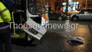 Θεσσαλονίκη: Αυτοκίνητο «καρφώθηκε» πάνω σε λεωφορείο του ΟΑΣΘ [pics]