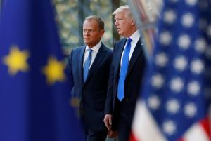 Μας… έκανε τη χάρη! Ο Τραμπ εξαίρεσε την Ε.Ε. από τους δασμούς σε χάλυβα και αλουμίνιο