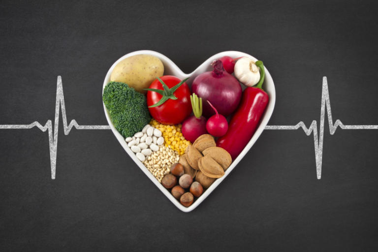 Χοληστερόλη: Τι να τρώτε για να την «σπάσετε» – Όρια χοληστερίνης