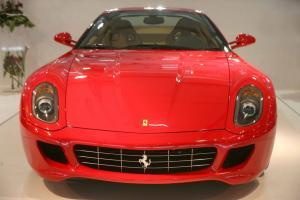 Ρόδος: Ο εστιάτορας με τη Ferrari έκρυβε ένοχα μυστικά – Το μανεκέν και η συνταγή της απάτης!