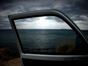 Λευκάδα: Αυτοκίνητο έπεσε στη θάλασσα του Μύτικα – Νεκρός ο οδηγός του!