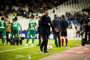 ΑΕΚ – Παναθηναϊκός, Ουζουνίδης: «Έχω βαρεθεί από τότε που είμαι στον Παναθηναϊκό να παίζω με 10 και 9 παίκτες»