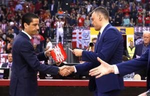 """Ολυμπιακός – Ζαλγκίρις: Η απάντηση του Σφαιρόπουλου στον Γιασικεβίτσιους! """"45 βολές κι όχι 24 έπρεπε να σουτάρουμε"""""""
