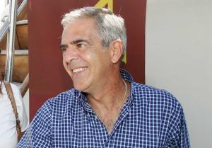 Την υποψηφιότητά του για δήμαρχος Θεσσαλονίκης ανακοίνωσε επίσημα ο Χάρης Αηδονόπουλος