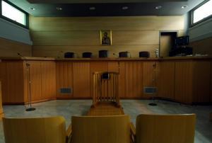 Θεσσαλονίκη: Τη Δευτέρα η δίκη του άνδρα που «ταμπουρώθηκε» σε συμβολαιογραφείο