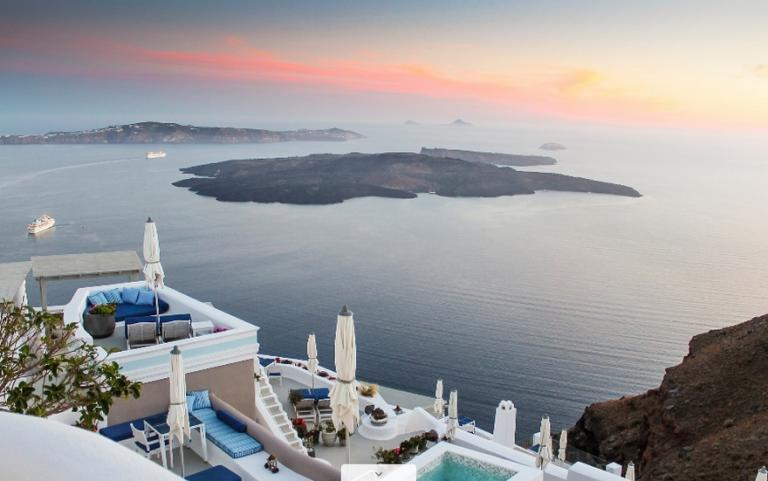 Iconic Santorini: Το ξενοδοχείο που θα θέλεις να επισκεφθείς εδώ και τώρα | Newsit.gr