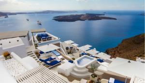 Iconic Santorini: Ένα ξενοδοχείο μόνο για λίγους