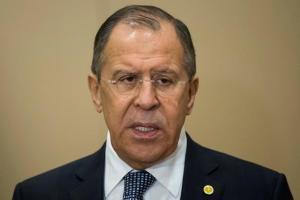 Λαβρόφ: Οι ΗΠΑ εκβιάζουν την Άγκυρα για την αγορά των S-400