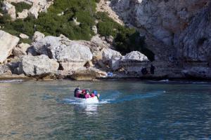 """""""Απόβαση"""" Τούρκων στην Ελλάδα – Πως δημιουργείται επικίνδυνη κατάσταση"""