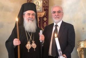 Άγιο Φως: Ο Σαββίδης στα Ιεροσόλυμα με… λαμπάδα ΠΑΟΚ [pics]