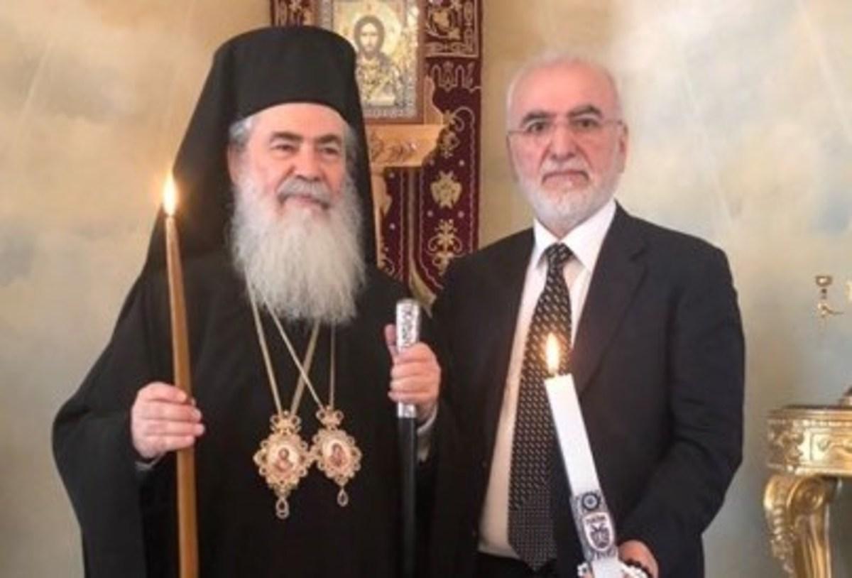 Άγιο Φως: Ο Σαββίδης στα Ιεροσόλυμα με… λαμπάδα ΠΑΟΚ [pics] | Newsit.gr