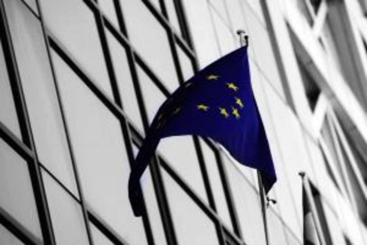Η ΕΕ ζητά αποζημίωση από τις ΗΠΑ για τους δασμούς στον χάλυβα και το αλουμίνιο | Newsit.gr