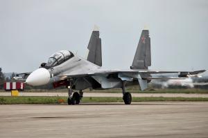 Ρωσία: Θα χτυπήσουμε πλοία των ΗΠΑ αν πλήξουν βάσεις στη Συρία
