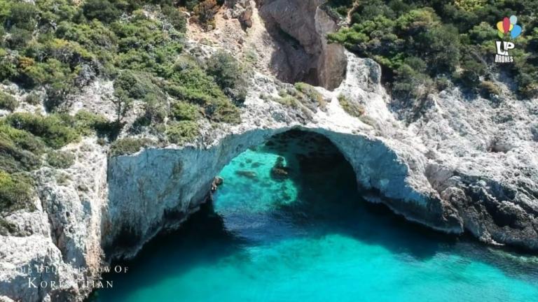 Κορινθία: Αυτό είναι το «γαλάζιο παράθυρο» που μαγεύει ντόπιους και τουρίστες – Το αριστούργημα της φύσης [pics, vid] | Newsit.gr