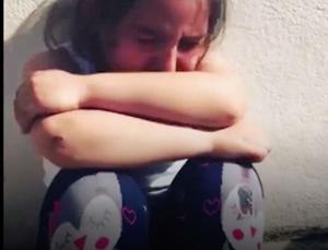 Ο Ερντογάν σπάει όλα τα κοντέρ της προπαγάνδας! Κοριτσάκι κλαίει με λυγμούς γιατί δεν το πήγαν να δει τον Σουλτάνο!