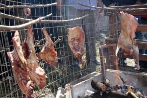 Αντικριστά και σούβλες σε κάθε γειτονιά της Κρήτης [pics]