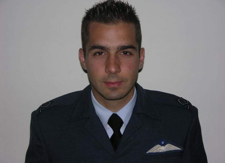Γιώργος Μπαλταδώρος: Ποιος ήταν ο πιλότος του μοιραίου Mirage 2000 που έπεσε στη Σκύρο | Newsit.gr