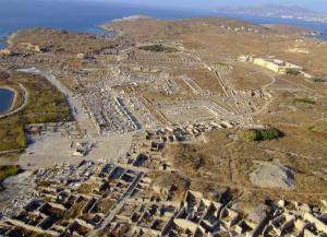 Δήλος: Η καλύτερα διατηρημένη αρχαία πόλη στην Ελλάδα και η θαυμαστή Στοά του Φιλίππου