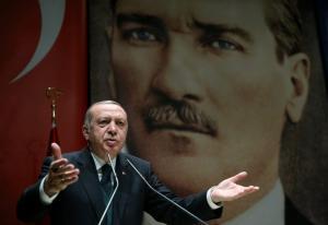 «Πυρά» Ερντογάν κατά της Γαλλίας: Υποθάλπτει τρομοκράτες! Θα μπορούσε να αποτελέσει στόχο μας