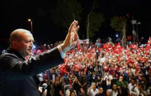 Die Zeit: Ανίκητος ο Ερντογάν